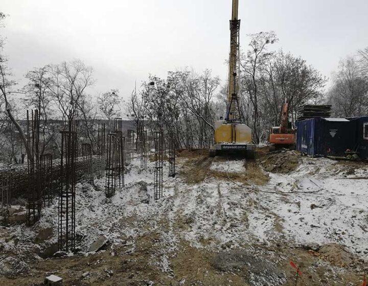Олимпия Билд: Бурение подпорной стены г.Киев, пр. Науки, каркас L - 22м (фото 2)